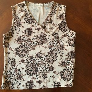 Apostrophe patterned tank